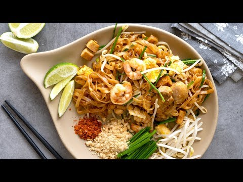 Easy Pad Thai Recipe | Thai Stir Fry Rice Noodles