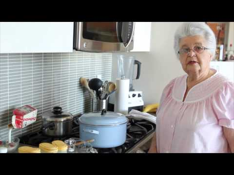 Cooking With Oma - Chicken Paprikash.mov