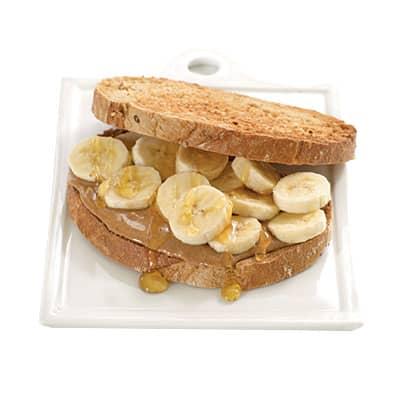 0907p17f-peanut-butter-sandwich-l