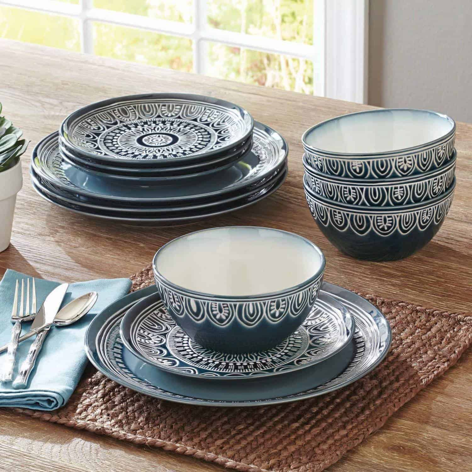 Q: What exactly is stoneware, anyway?