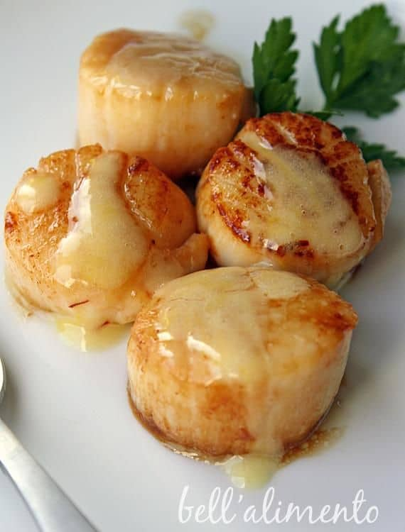 Scallops with sauce