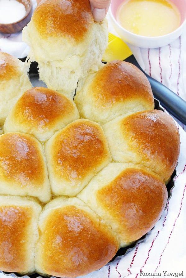 Side of dinner rolls