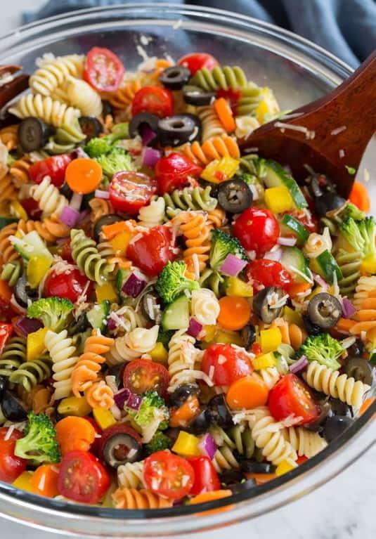 Veggie pasta salad bowl