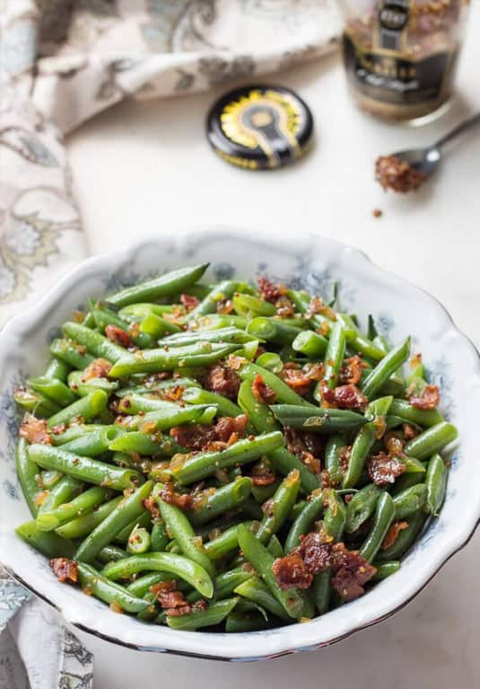 Green beans and bacon bits