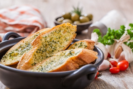 Side of garlic bread