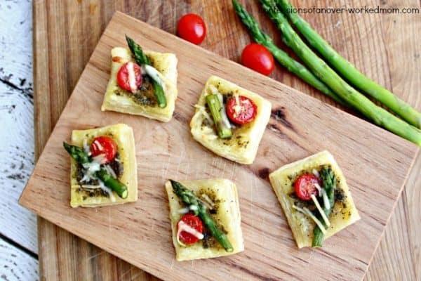 asparagus tomato parmesan squares