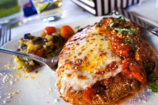 chicken parmesan with side dishes