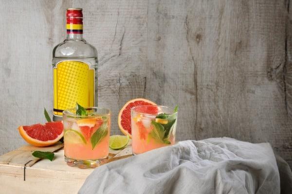 drink paloma cocktail