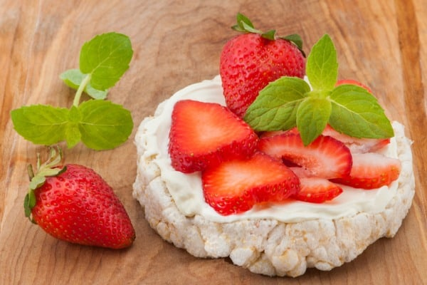 rice cake with strawberries