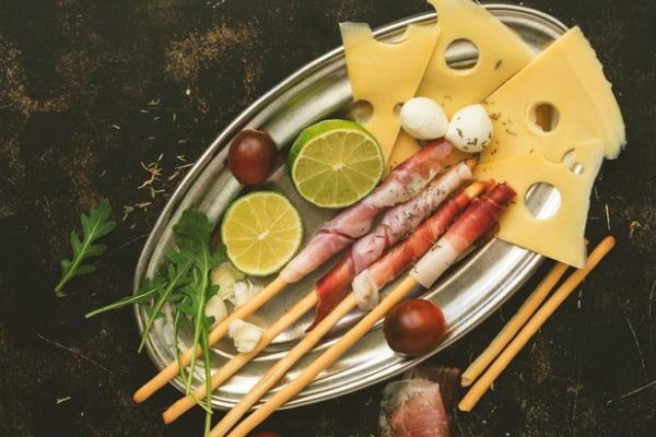 prosciutto maasdam cheese appetizer