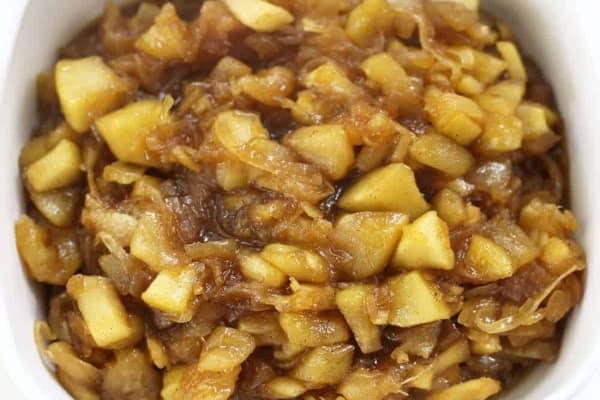 apple and onion chutney