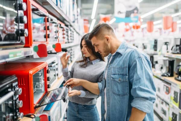 couple buying appliances