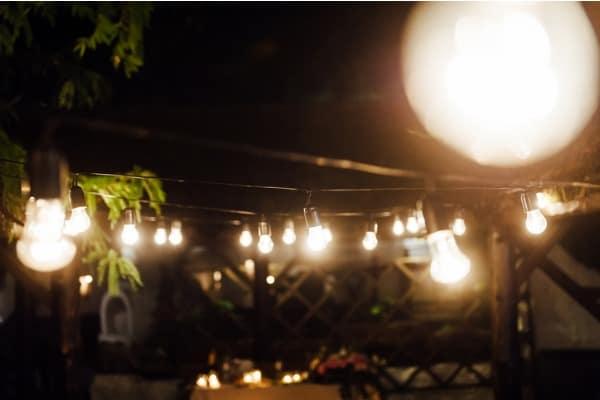 outdoor light bulb decor