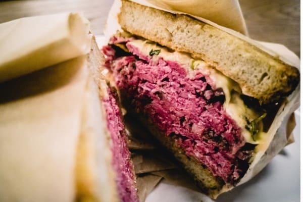 reuben sandwich with pastrami