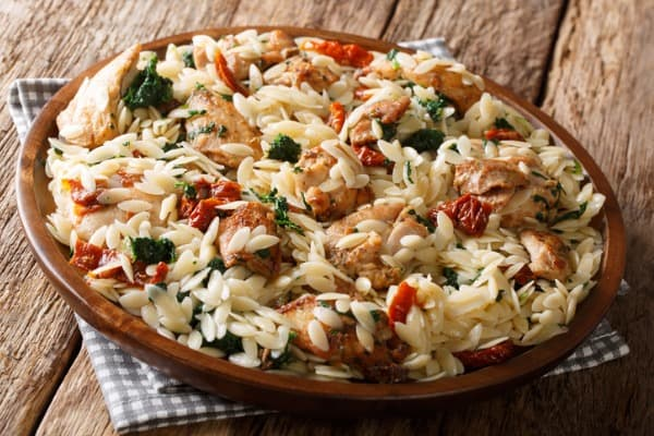 Cheesy Spinach Orzo Salad