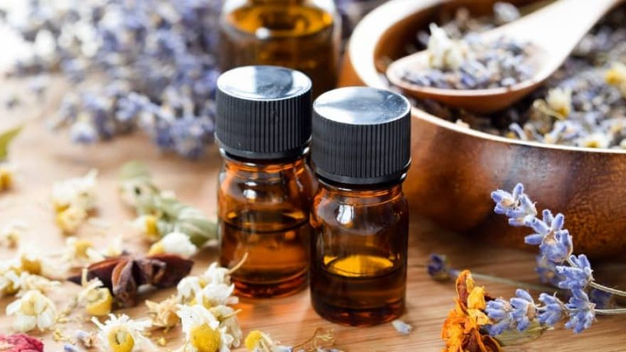 Essential Oils for Skin Tags