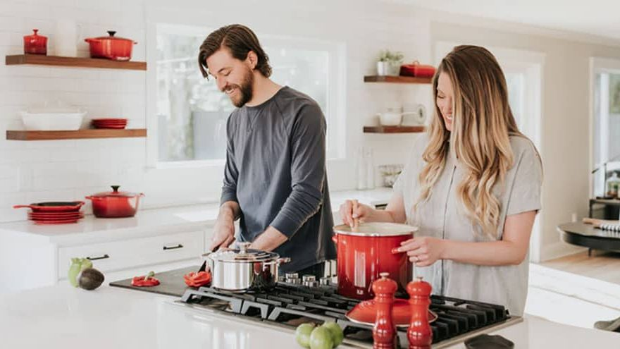 Tips to Avoid Back Pain While in the Kitchen