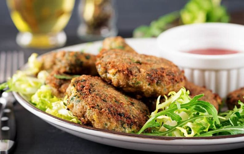 How to Reheat Crab Cakes the Right Way