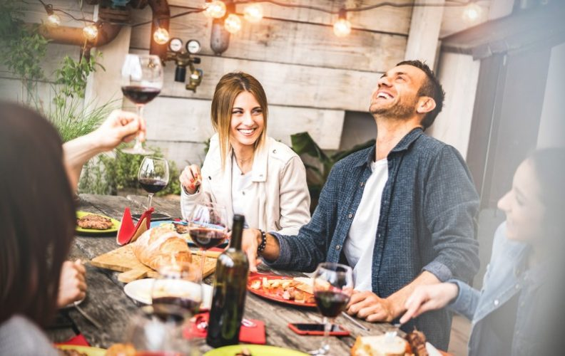 4 Dinner Party Blunders You Should Avoid
