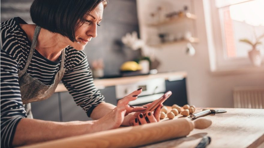How Easy Is it to Start a Bakery Business from Home?