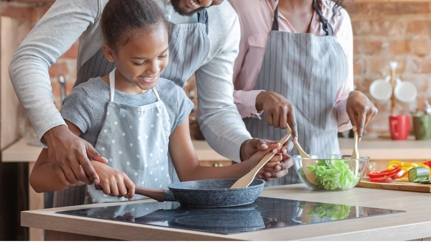 Five Ways to Stay Safe in the Kitchen
